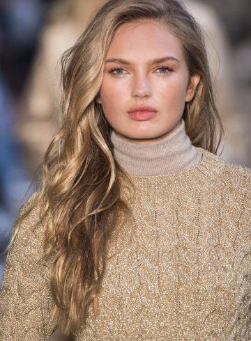 Max Mara Fall 2017 Fashion Show Beauty