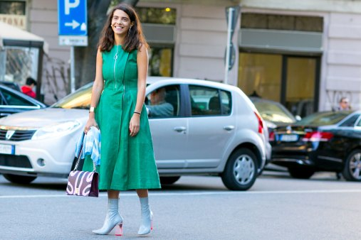 milan-fashion-week-street-style-day-3-september-2015-the-impression-067