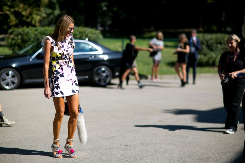 milan-fashion-week-street-style-day-3-september-2015-the-impression-083