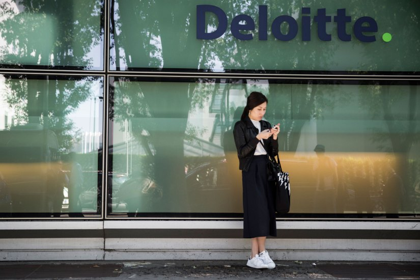 milan-fashion-week-street-style-day-3-september-2015-the-impression-187