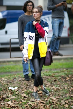 milan-fashion-week-street-style-day-5-september-2015-the-impression-043
