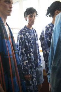 White Mountaineering Spring 2018 Men's Fashion Show Backstage