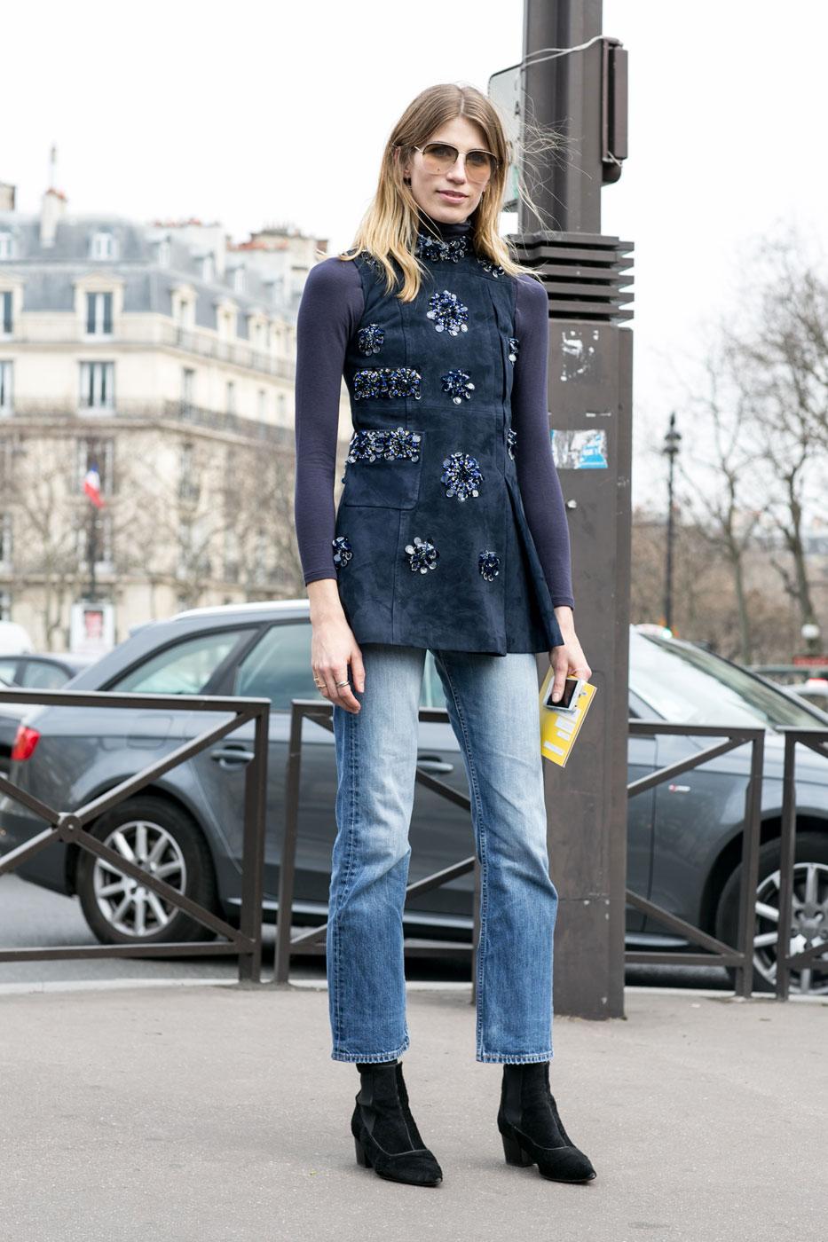 Paris str RF15 0828