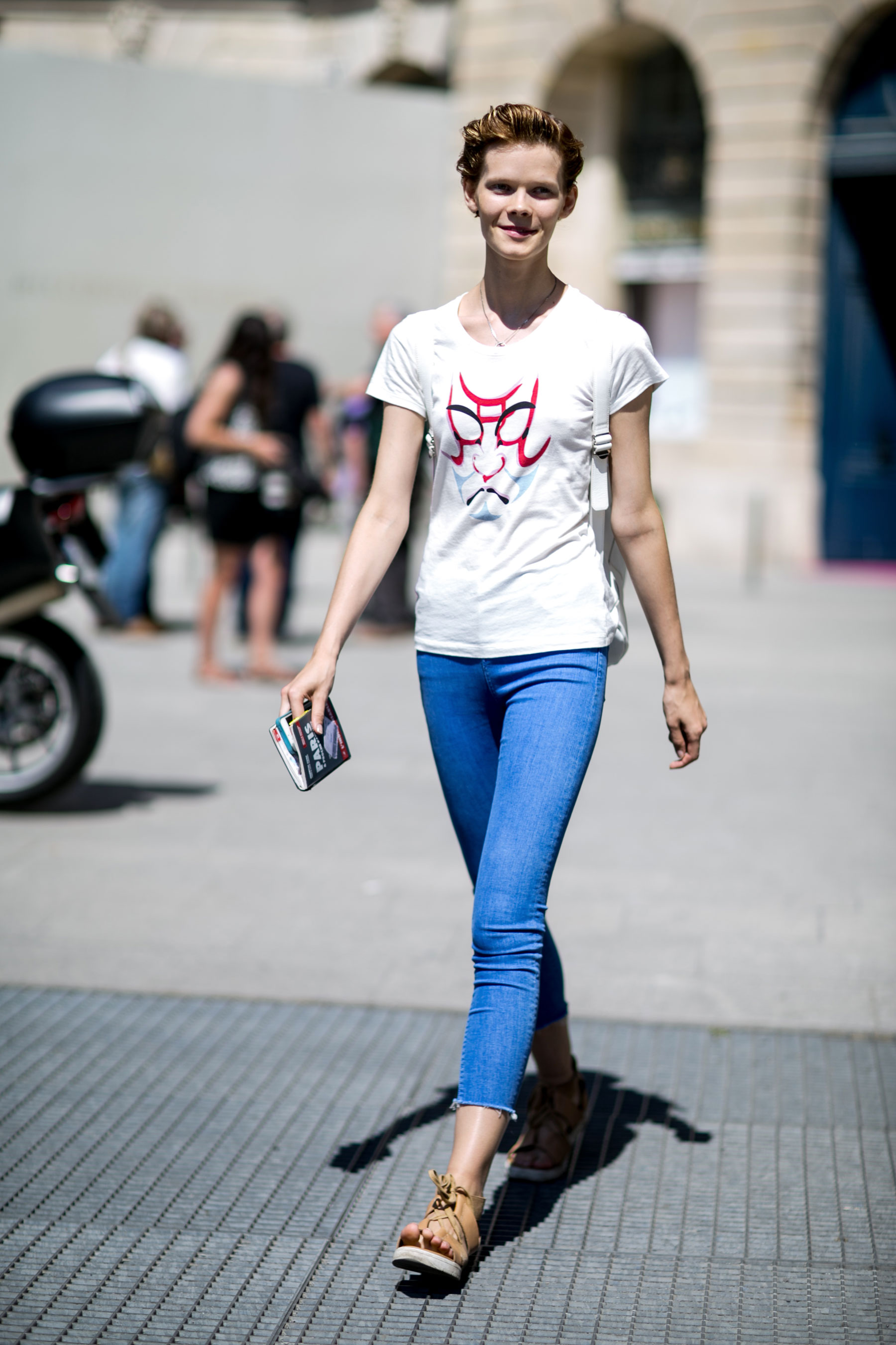 paris-street-stylecouture-fashion-week-day-2-the-impression-025