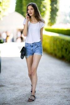 paris-street-stylecouture-fashion-week-day-2-the-impression-038