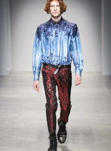 Christian Pellizzari Fall 2017 Menswear Fashion Show