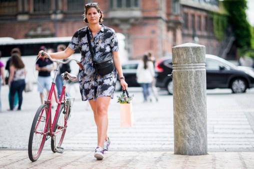 street-style-copenhagen-day-3-the-impression-21