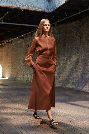 the-row-fashion-show-spring-2015-the-impression-007