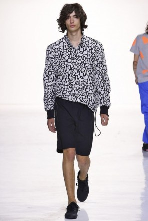 tim-coppens-spring-2016-fashion-show-the-impression-008-684x1024