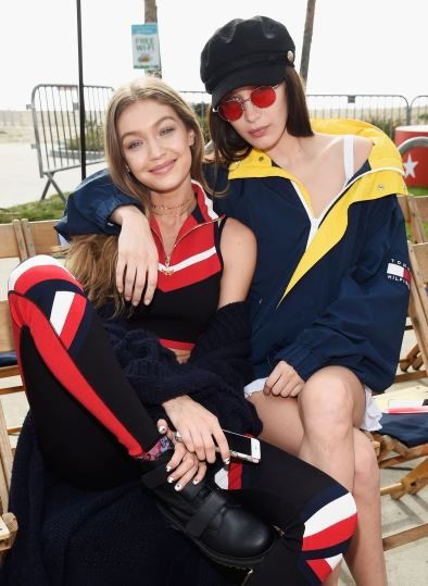 tommy-hilfiger-spring-2017-fashion-show-set-the-impression-04