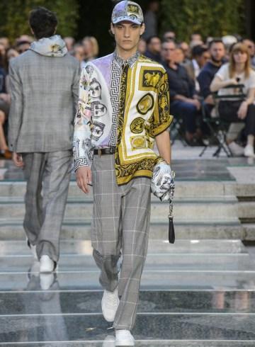 Versace Spring 2018 Men's Fashion Show