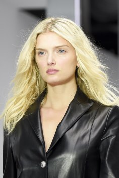 versus-runway-beauty-spring-2016-fashion-show-the-impression-018