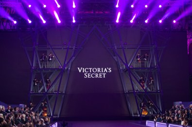 Paris Victoria's secret extraordinary extravaganza