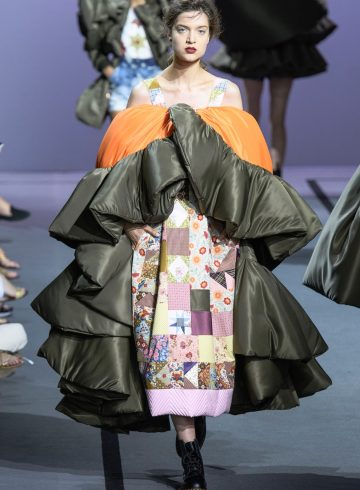 Viktor & Rolf Fall 2017 Couture Fashion Show
