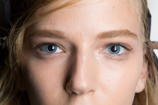wes-gordon-backstage-beauty-spring-2016-fashion-show-the-impression-22