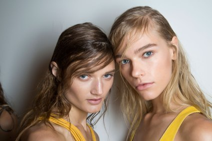 wes-gordon-backstage-beauty-spring-2016-fashion-show-the-impression-32
