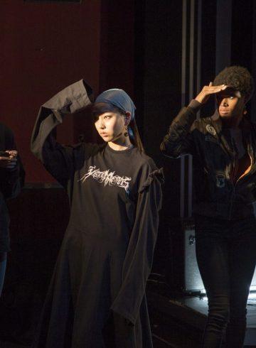 Yuna Yang Fall 2017 Backstage Fashion Show
