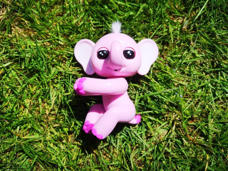 Fingerlings Elephant - Nina