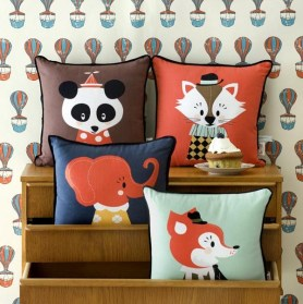 Ferm-Living-Marionette-cushions