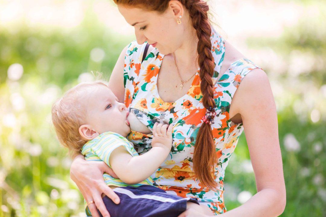 Breastfeeding clothes