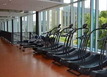 Managing a gym