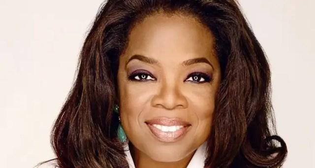 Holland America Line Bestows Award to Oprah Winfrey
