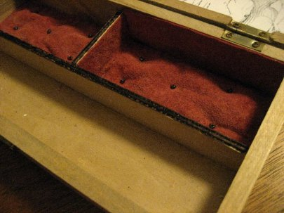 theinfill Medieval, Tudor, Jacobean 1:12 dolls house blog - the infill dolls house blog – Christmas gift- padding/lining body of box