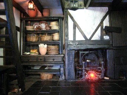 theinfill Medieval, Tudor, Jacobean dolls house blog - Hogepotche Hall –Hodgepodge Hall - main kitchen dresser by the great hall 1