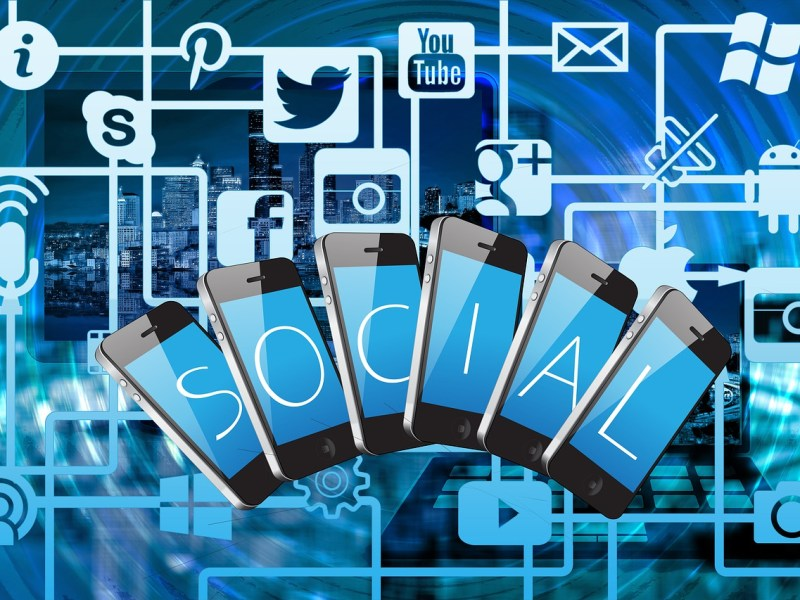 Social Media and Online Influencers definition and tips.