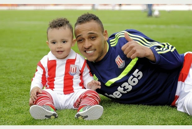 6 Nigerian footballers and their kids - #5 is too cute for words