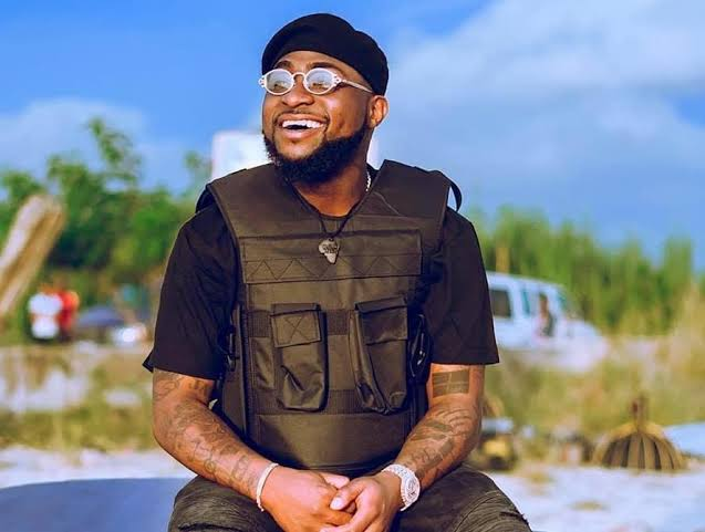 """Long time no see, we should hangout soon"" - Davido reaches out to Kiddwaya"
