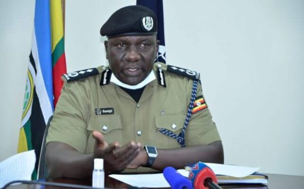 Police warns Museveni, Bobi against un authorized processions and assemblies