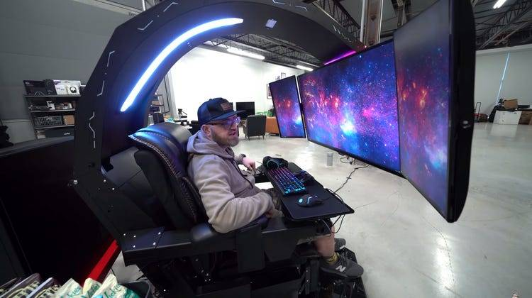 Most Expensive and Extreme Gaming Setups ever