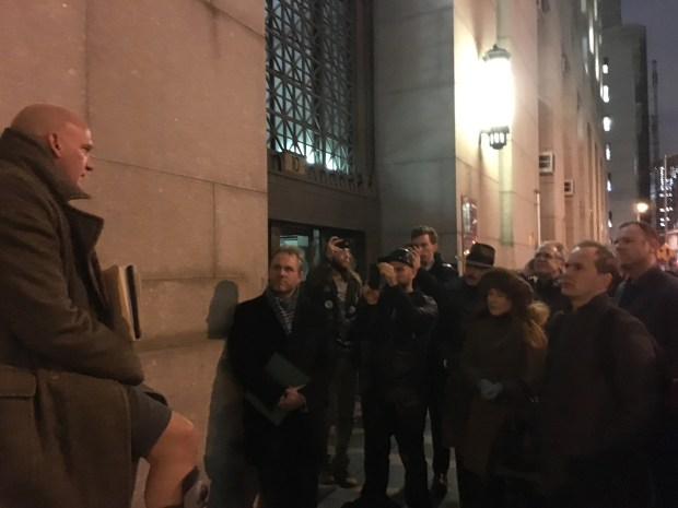 Mark Moody speaks to independent voters following the legality hearing. (The Ink/Tiffany Pennamon)