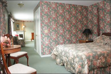 Room Nine The Inn at Mount Snow