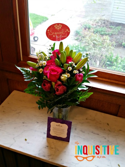 Mother's Day Gift Ideas with Hallmark Flowers