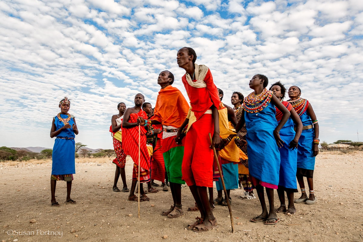 Samburu living near the Shaba reserve dance for guests - All you need to know to plan the best safari in Kenya