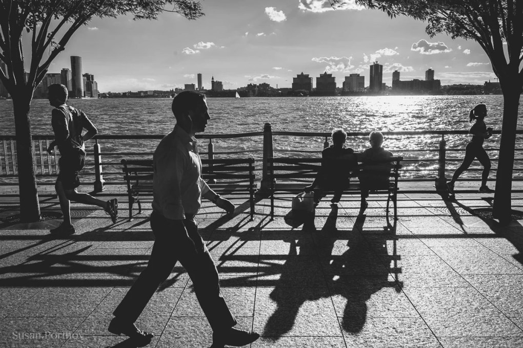 Silhouettes on the west side - Peter Turnley Street Photography Workshop\
