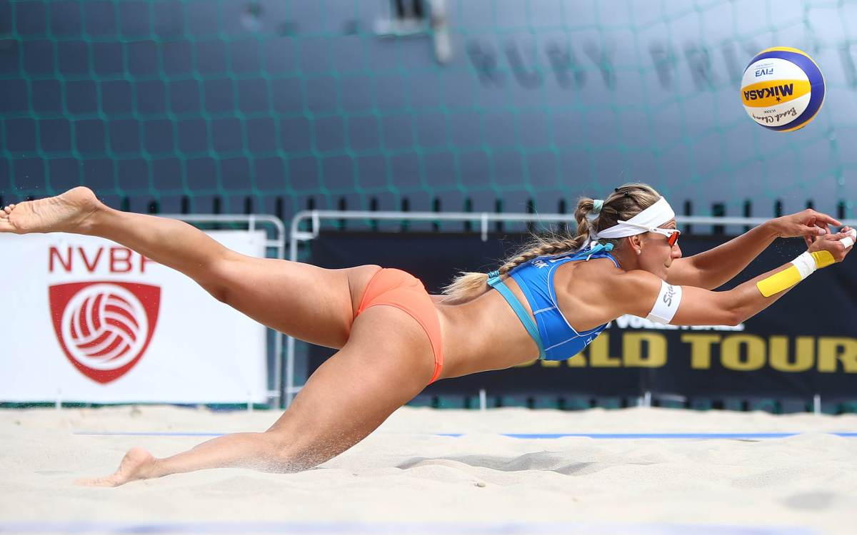 Inside the Players Tent: All You Need to Know about Beach Volleyball!