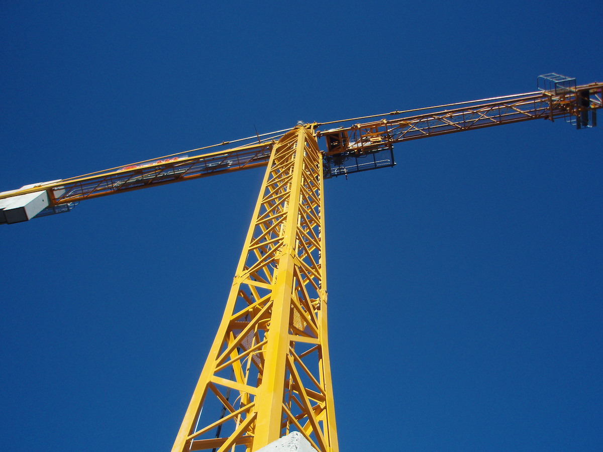 Active Crane Hire: How to Avoid Surprise Construction Equipment Costs