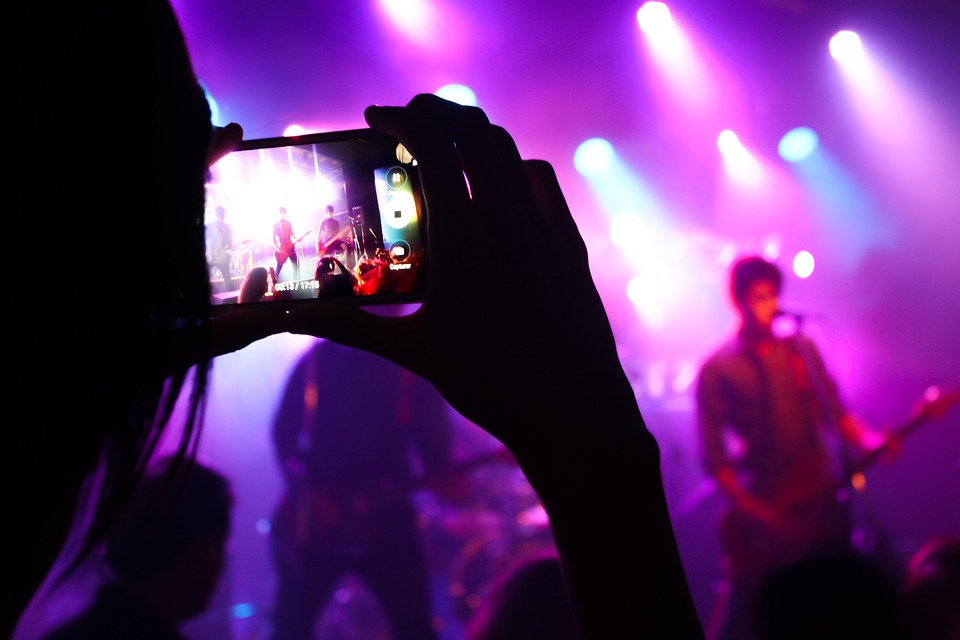 Common Mistakes to Avoid When Live Streaming an Event via Your Webcam