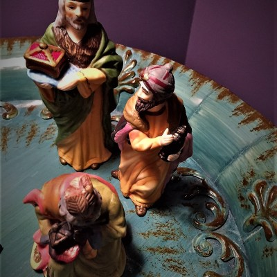 WATCHING FOR THE WISE MEN TO APPEAR – WHO IS FOLLOWING THE LIGHT TODAY?