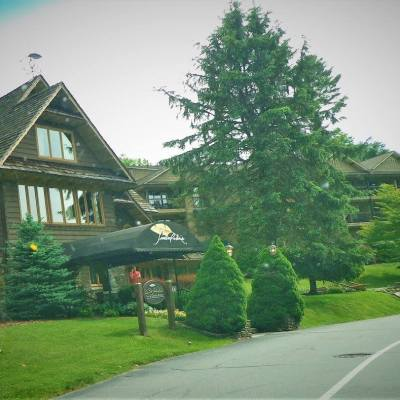 BLOWING ROCK NORTH CAROLINA – A FUN PLACE TO BE IN THE WINTER