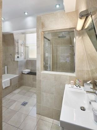 Classic Lacroix bathroom