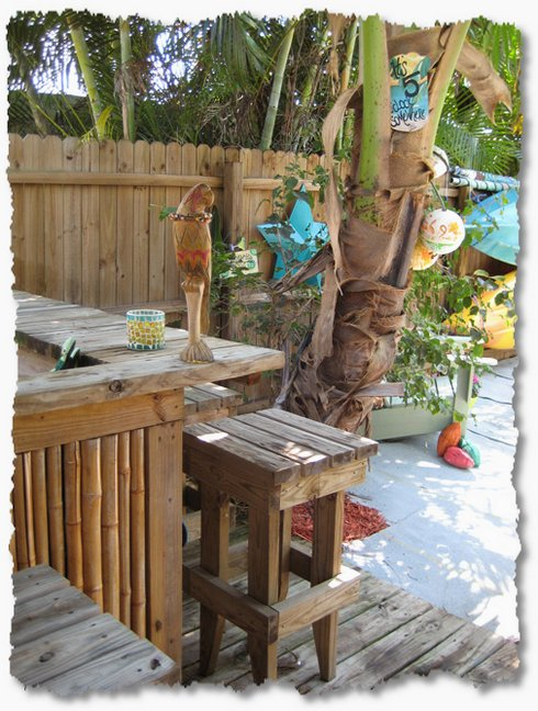 Creating Your Own Tropical Backyard Vacation - The ... on Tropical Backyards  id=97042