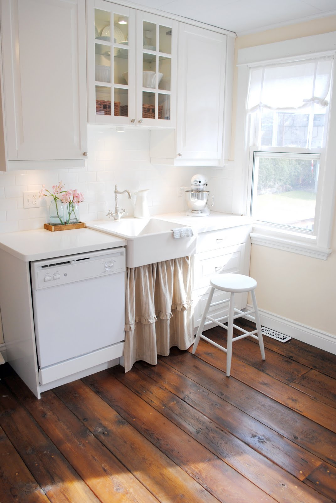 canadian cottage s diy barnboard floors the inspired room on kitchen kitchen design ideas inspiration ikea id=70691