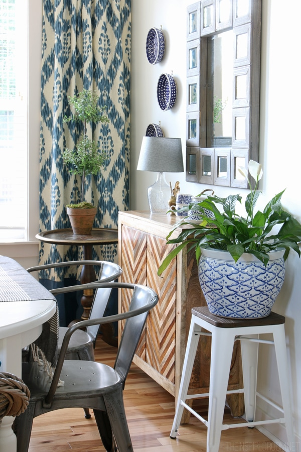 Decorating with Things You Love - The Inspired Room on How To Decorate Your Room  id=19646