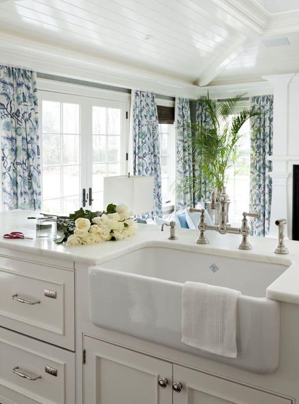 farmhouse sinks kitchen inspiration the inspired room on kitchens with farmhouse sinks id=59784