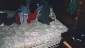exhibit-Avery-bed-3