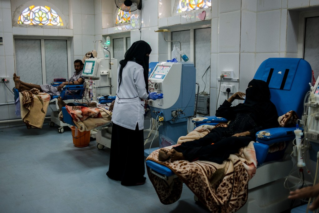 Yemeni nurses tend to kidney failure patients on dialysis on May 6, 2018 in Hajjah, Yemen. The center is overbooked, in 2015 they had 250 clients, by 2018 due to the closure of other centers and increase in kidney failure, they saw over 900.